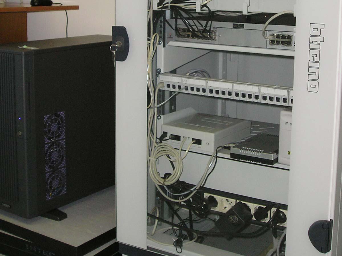 Automazione cablaggio dati reti