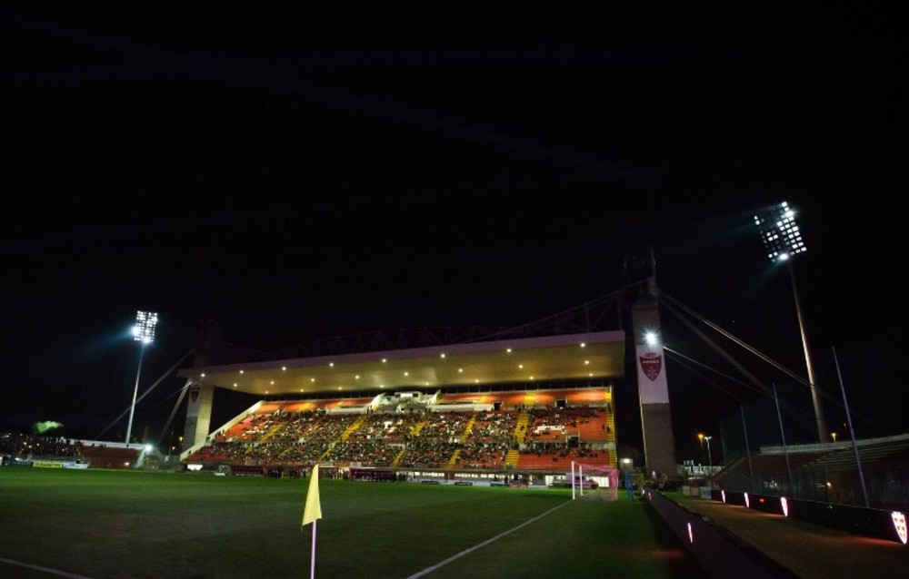 u power stadium illuminazione saitech